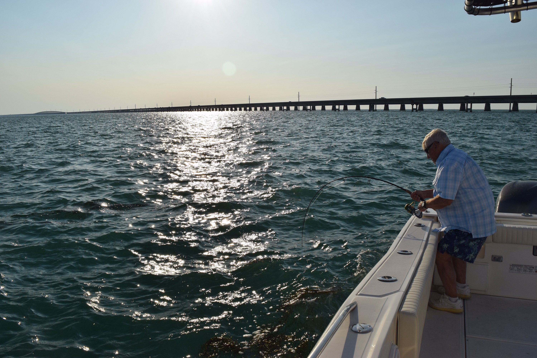 Dick edwards and paul catch 39 em all florida keys fishing for Florida keys fishing calendar