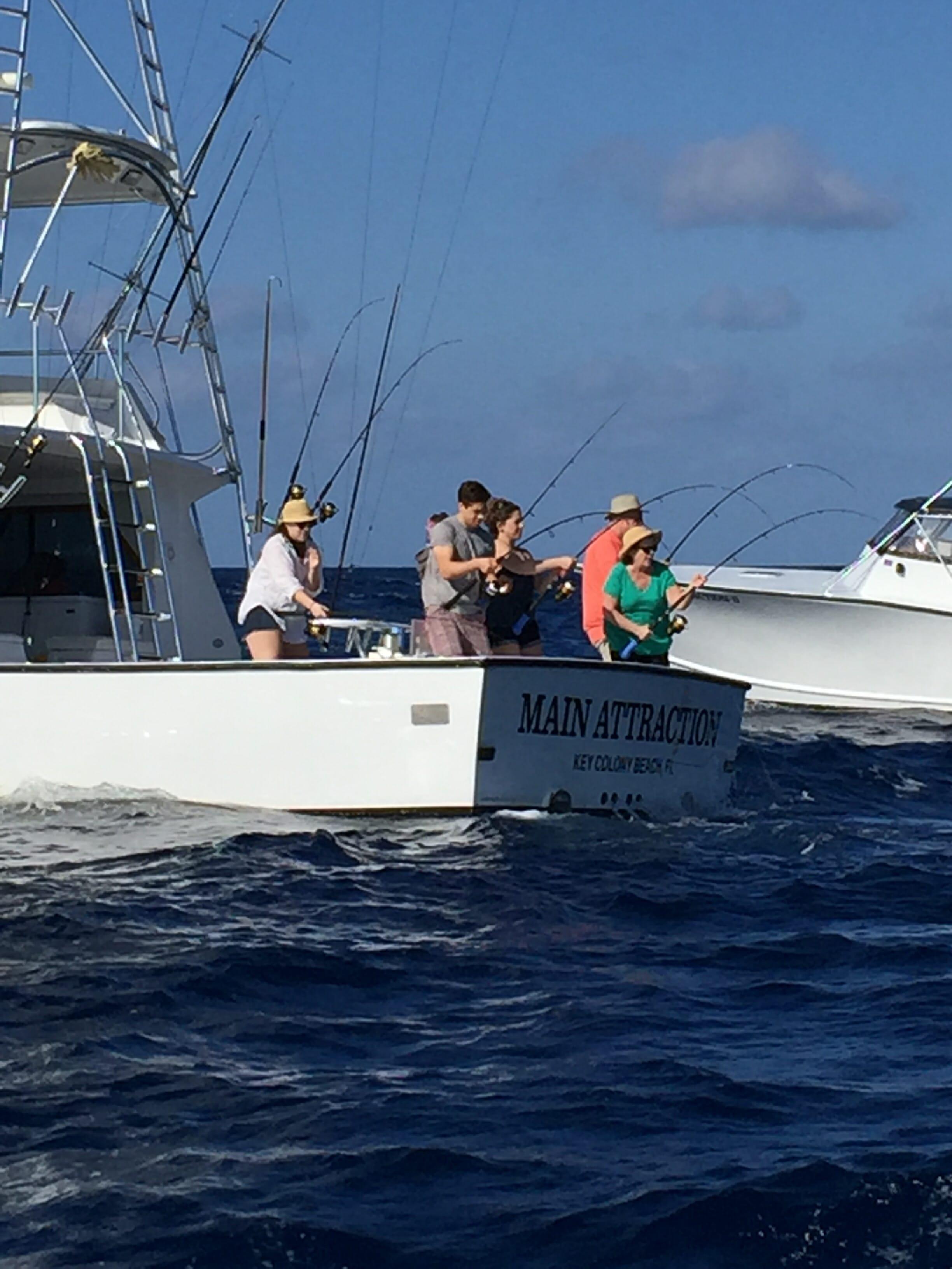 Tuna fishing on the marathon hump catch 39 em all florida for Marathon key fishing